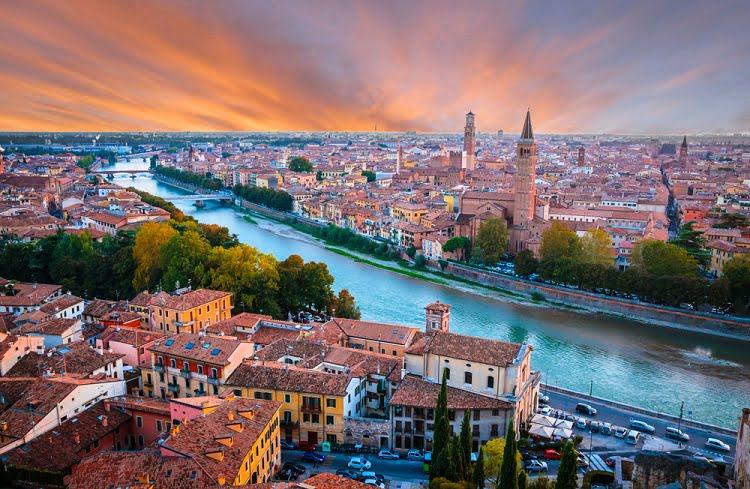 Verona Travel Italy City
