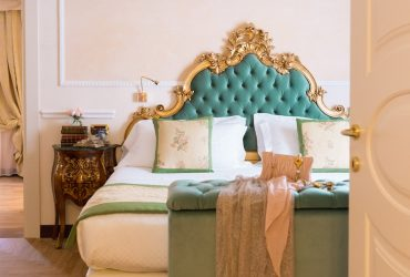 Suite Luxury Florence Travel Italy